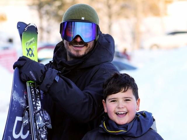 Orlando Bloom corrige son tatouage : le prénom de son fils mal orthographié