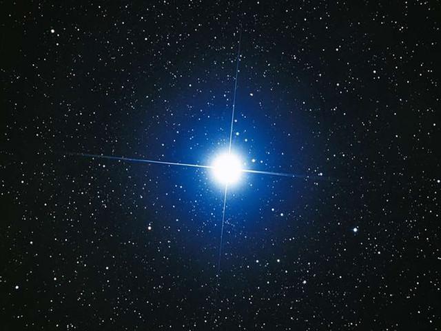 Des chercheurs créent une étoile en laboratoire à l'aide de lasers