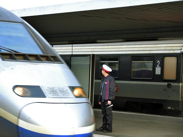 """SNCF : qu'est-ce que le """"statu quo"""" auquel veut mettre fin Élisabeth Borne ?"""