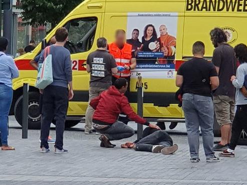Un homme transporté à l'hôpital après une grave chute en trottinette électrique à Bruxelles