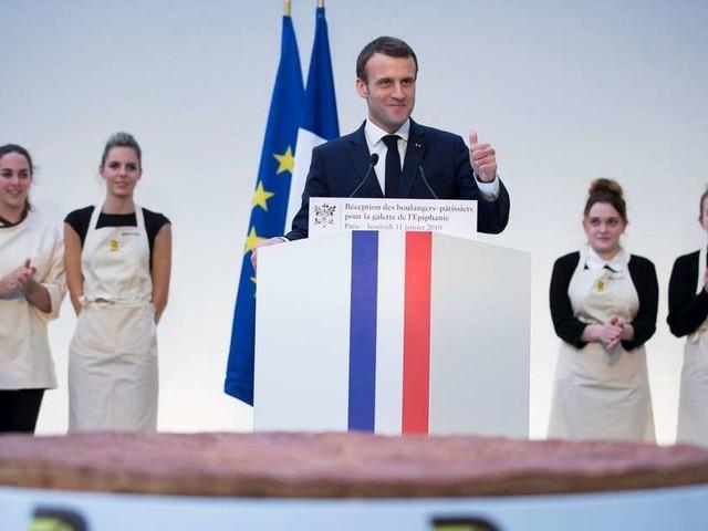 """Vidéo. Devant les boulangers, Macron estime que """"beaucoup trop de Français"""" oublient """"le sens de l'effort"""""""