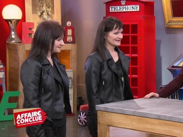 VIDEO. Sophie Davant piégée par deux sœurs jumelles dans Affaire conclue