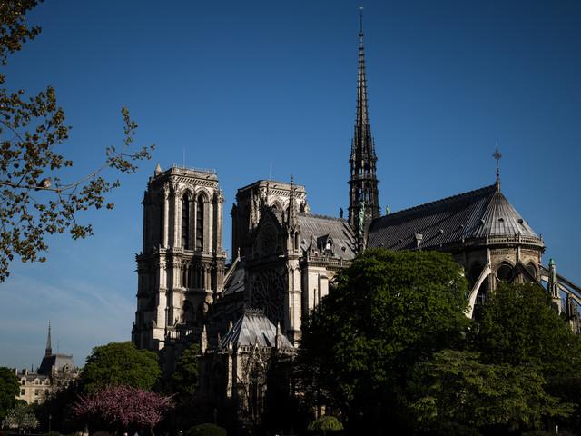 """Plomb de Notre-Dame : un """"nettoyage approfondi"""" dans les écoles de la zone en juillet"""