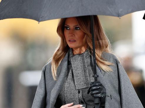 Melania Trump sort de son silence avec fracas