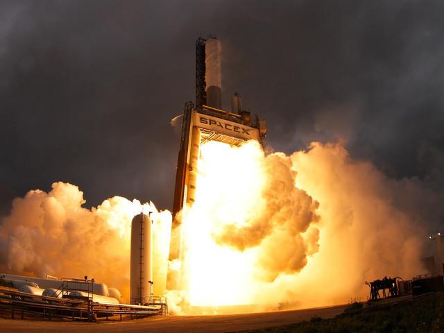 Le prototype d'une fusée Starship de SpaceX s'est enflammé lors d'un test