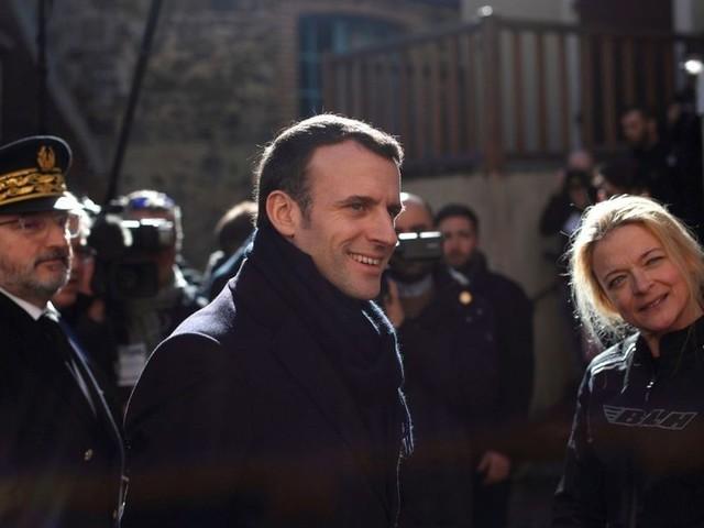 Grand Débat : Macron replonge dans les maux de la France rurale
