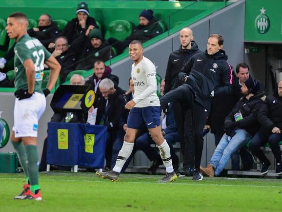 PSG : Ave, Mbappé ! Même Pierre Ménès s'incline