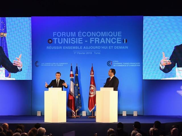 """Macron en clôture du Forum économique Tunisie-France:""""Vous avez choisi, au pire moment de l'histoire contemporaine, de faire le chemin inverse"""""""