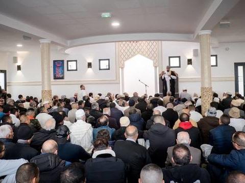 Rouen: Plaintes de mosquées après des menaces