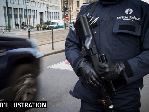 Abdellah Chouaa, suspect des attentats de Paris, transféré vers la France: il avait été vu en compagnie des frères Abdeslam