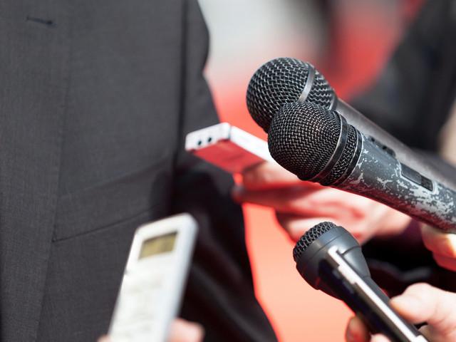 Critiquer les journalistes? Oui. Les mépriser? Non! Pour des rapports sereins avec les journalistes