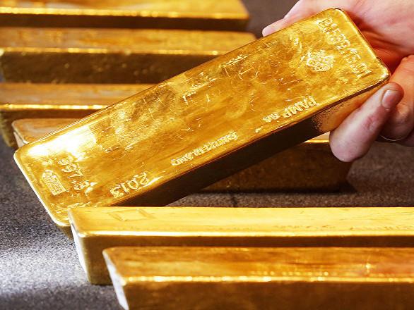 Adieu l'or: pourquoi des banques changent-elles de cap et délaissent-elles le métal précieux?