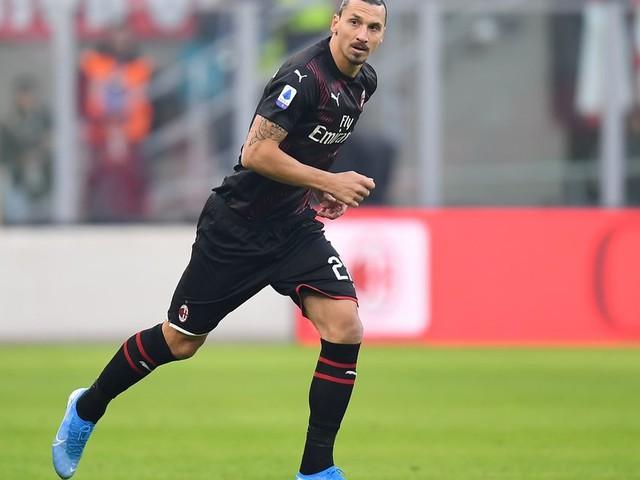 Ibrahimovic ovationné par San Siro pour son retour à Milan