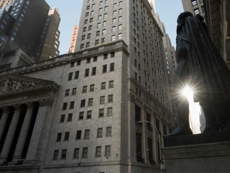 Wall Street en ordre dispersé à l'ouverture après une déception sur l'emploi