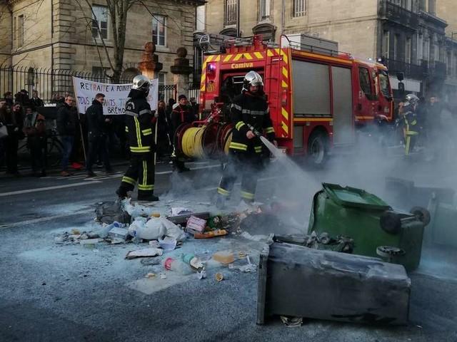 Bordeaux : deux lycéens interpellés lundi