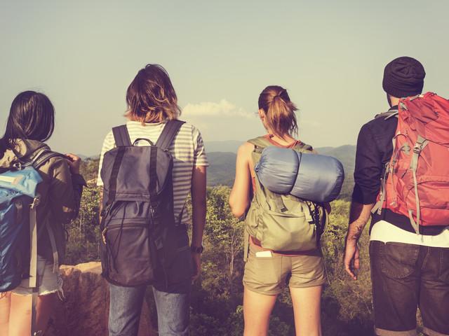 Rencontrer des Français pendant un voyage à l'étranger