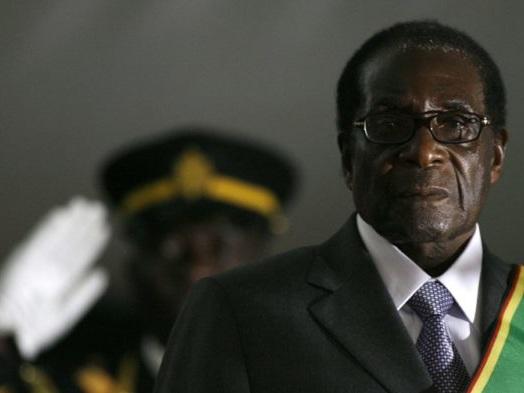Robert Mugabe, héros de l'indépendance devenu despote