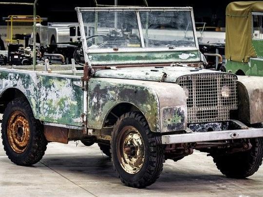L'un des premiers Land Rover en restauration pour les 70 ans de la marque