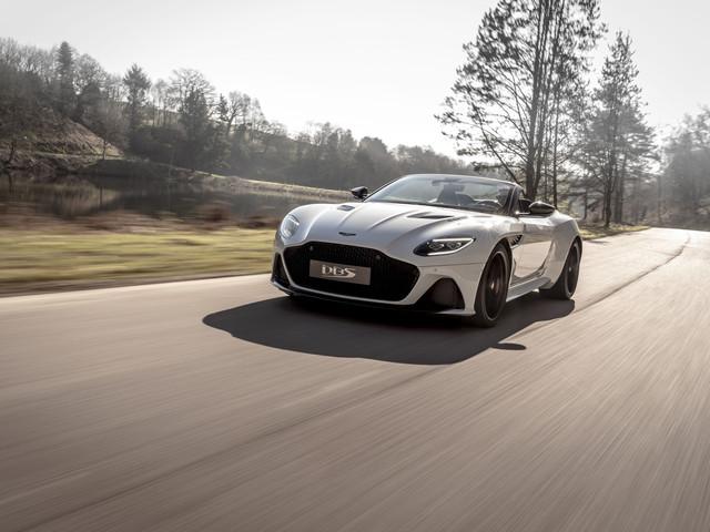 Les photos de l'Aston Martin DBS Superleggera Volante, le plus rapide des cabriolets de la marque