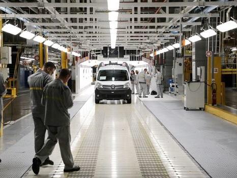 Commerce : l'UE ripostera si Washington attaque ses voitures
