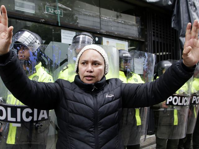 Colombie: reprise des manifestations, affrontements avec les forces de l'ordre