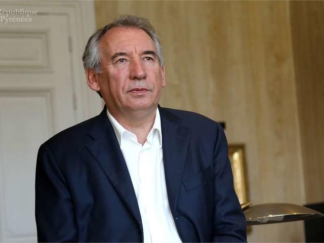 MoDem : Bayrou est arrivé au tribunal de Paris pour être entendu par les juges