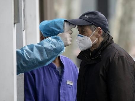 Coronavirus : près de 1.400 morts en Chine, dont six membres du personnel soignant