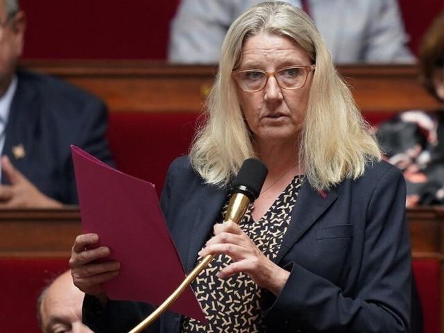 """Cette ex-députée LREM redevenue infirmière """"ne croit plus aux promesses"""""""