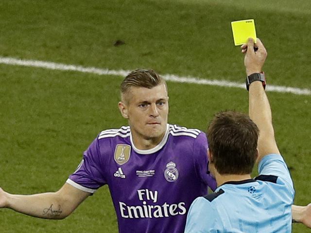 Matchs de 60 minutes, carton rouge au coach... Florilège des règles de jeu en discussion à la FIFA