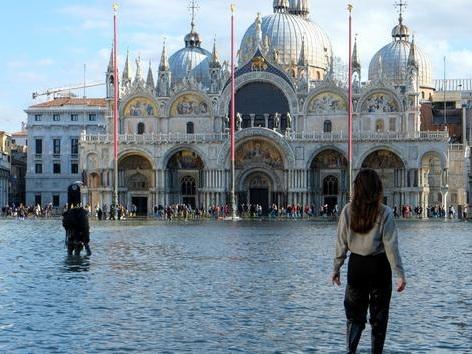 Les images impressionnantes de Venise sous les eaux