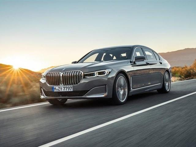 BMW 745e : l'hybride rechargeable, avec ou sans transmission intégrale
