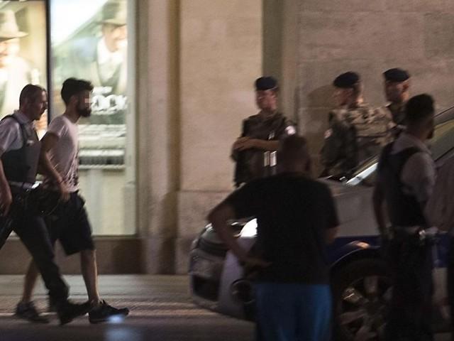 France: la gare de Nîmes évacuée en urgence après un signalement suspect, un homme interpellé avec un pistolet d'alarme