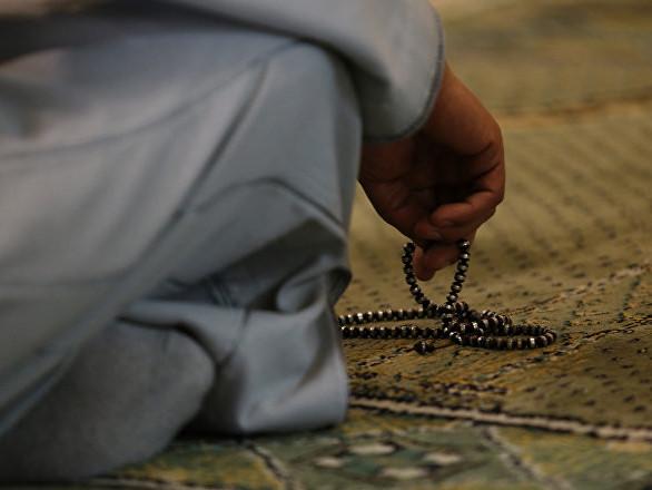 Un imam tunisien soupçonné d'avoir violé un enfant avant de lui offrir des cadeaux