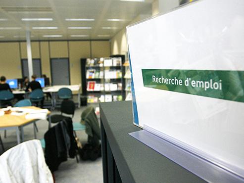 Économie: voici ce qu'il faudrait faire pour atteindre le quasi-plein emploi