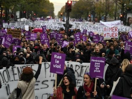 """Violences faites aux femmes: forte mobilisation dans la rue avant la clôture du """"Grenelle"""""""
