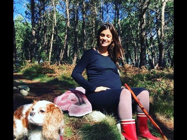 Tania Young maman : prénom et tendre photo dévoilés