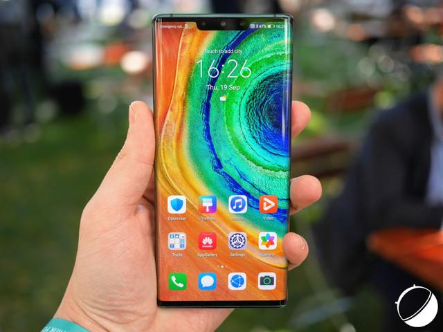Huawei proche de la première place dans le classement mondial, malgré la crise américaine