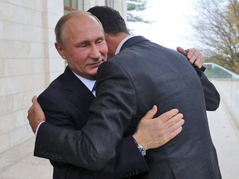 """Poutine félicite Bachar al-Assad pour sa """"lutte contre le terrorisme"""": voici pourquoi le président syrien devrait être maintenu au pouvoir"""