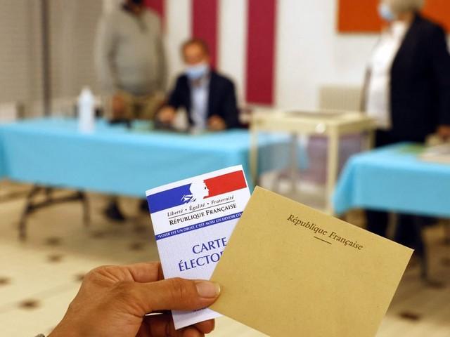 Résultats des élections départementales 2021: au 1er tour, la prime aux sortants