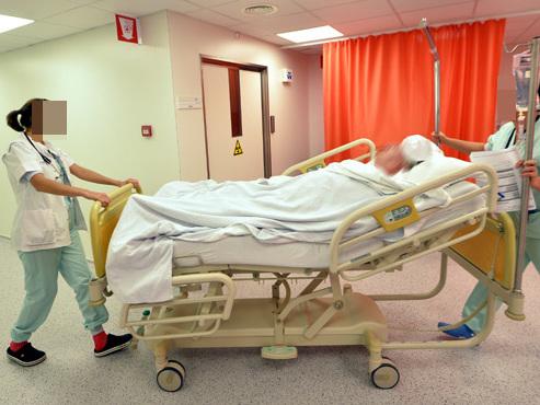 Un accord de 2017 n'est toujours pas appliqué pour les infirmières et infirmiers: réunion de la dernière chance ce lundi?
