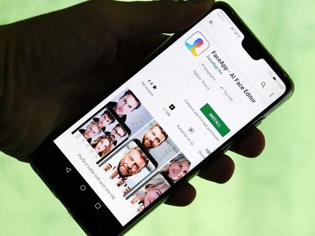 FaceApp, l'application russe aux 100 millions d'utilisateurs, affole les démocrates américains