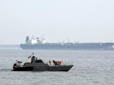 Entre pirates, collision ou missiles, les tankers évoluent en eaux troubles