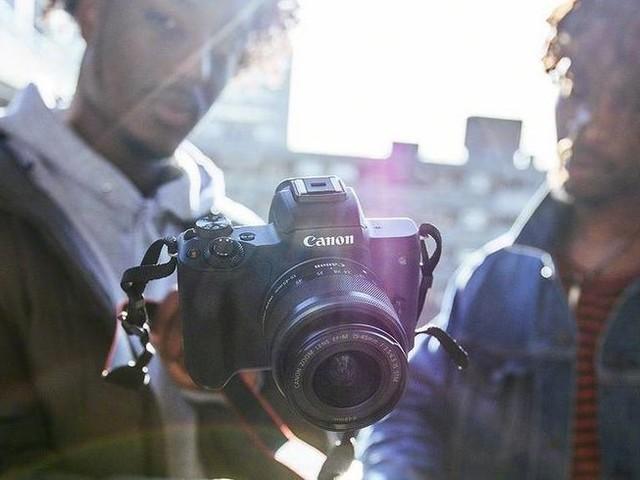 Canon EOS M50 : un appareil photo ultra intuitif