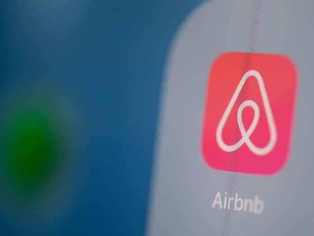 Après une série d'incidents, Airbnb promet de vérifier ses sept millions de locations