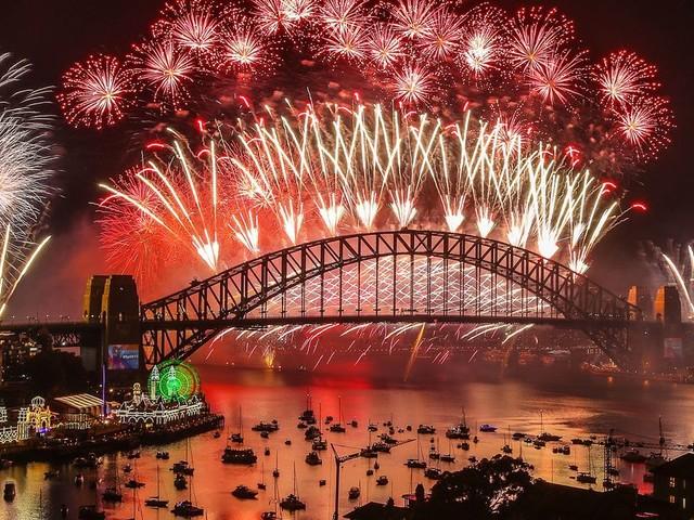 Le feu d'artifice du Nouvel An à Sydney aura bien lieu, malgré une pétition