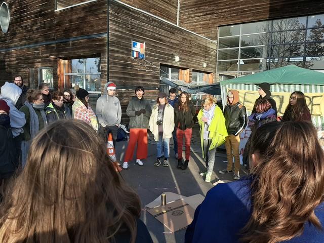 Grève : cinquième jour de blocage dans un lycée d'Hérouville Saint-Clair