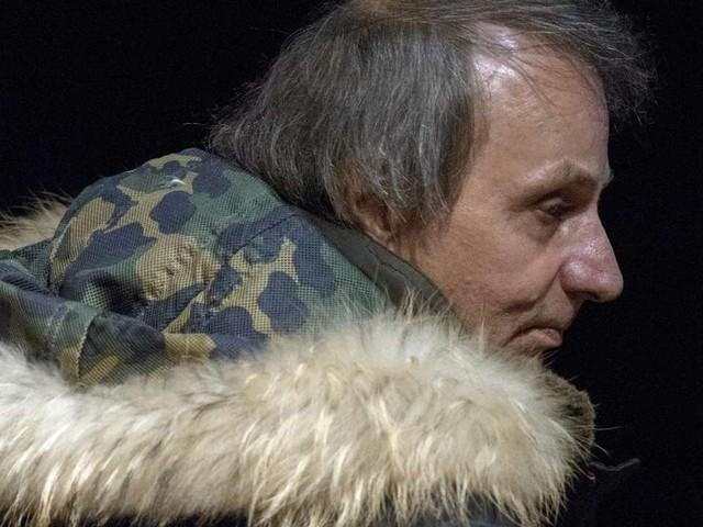 A l'Elysée, Emmanuel Macron célèbre le«romantique» Michel Houellebecq