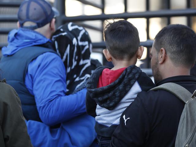 """Aux États-Unis, les douaniers vont """"revoir leurs procédures"""" de détention des enfants après 2 décès"""