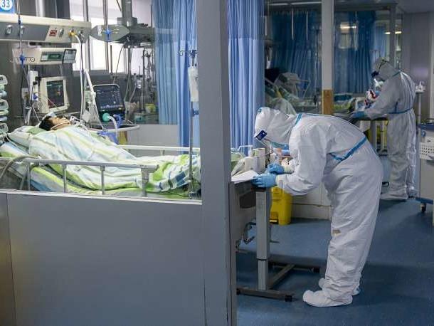 Comment les 41premiers patients identifiés sesont-ils transmis le nouveau coronavirus?