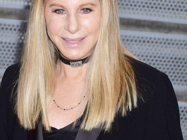 """Michael Jackson pédophile ? Barbra Streisand choque : """"Ça ne les a pas tués"""""""